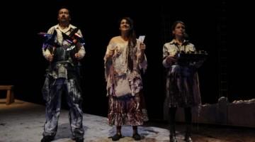 Santiago, 10 03 17  Pasada de prensa de la obra de teatro Clausurado por ausencia, para la seccion de cultura del diario la tercera.     FOTO: JOSE LUIS MUÑOZ / LA TERCERA