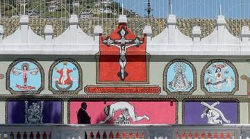 milagroso mural blasfemo