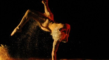 "29/03/2017 Teatro La Danza, Cenac.Fabio Pérez, coreógrafo. San José. Ensayo de la Obra "" Diluvios"", pieza coreografía de Andy Gamboa y Fabio Pérez. Foto de: Diana Méndez."