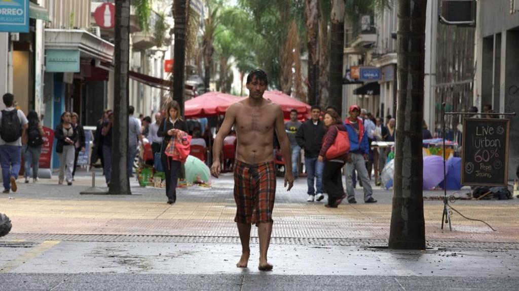 """Alfonso Tort, protagonista de """"Las Olas"""" de Adrián Biniez"""