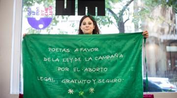 bandera-poeta-previa
